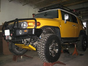 "2007-2009 FJ Cruiser Front, w/ 6"" RC lift"